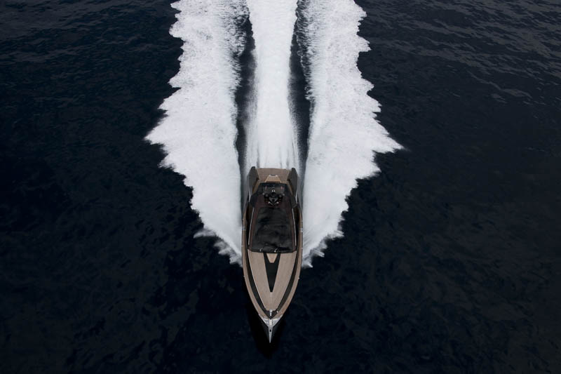 wooden yacht art of kinetik hedonist 10 The Worlds Sexiest Wooden Yacht [32 pics]