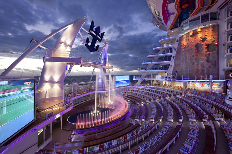 worlds biggest cruise ship allure of the seas royal carribean 10 The Worlds Largest Cruise Ship: Allure of the Seas