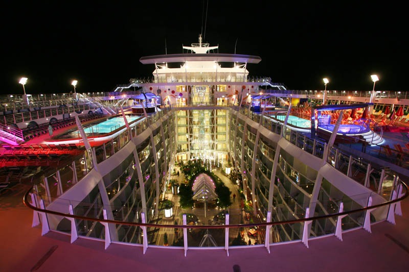 worlds biggest cruise ship allure of the seas royal carribean 19 The Worlds Largest Cruise Ship: Allure of the Seas
