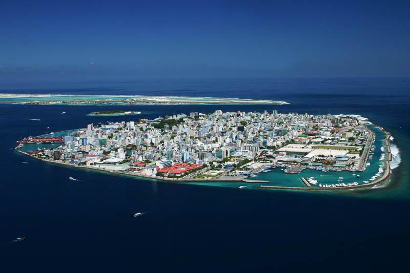 capital of maldives male aerial The Ultimate Maldives Gallery [30 pics]