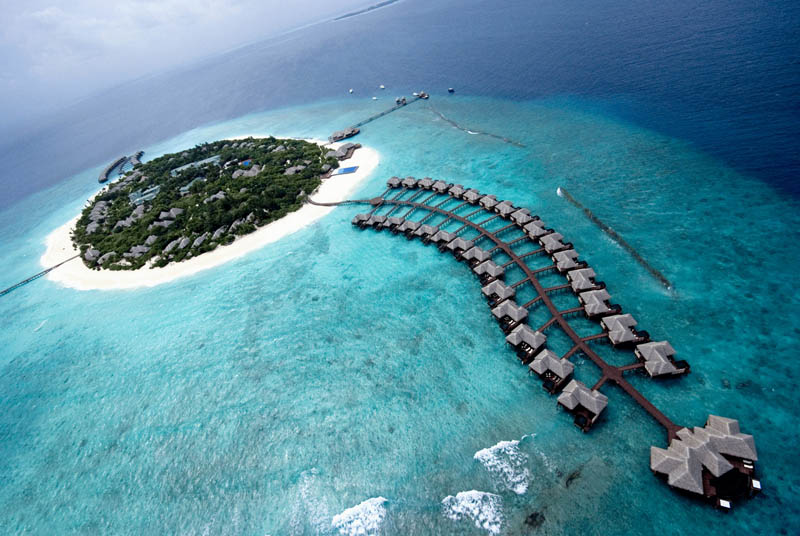 maldives best resort places to stay 15 Ithaa: The Underwater Restaurant in the Maldives