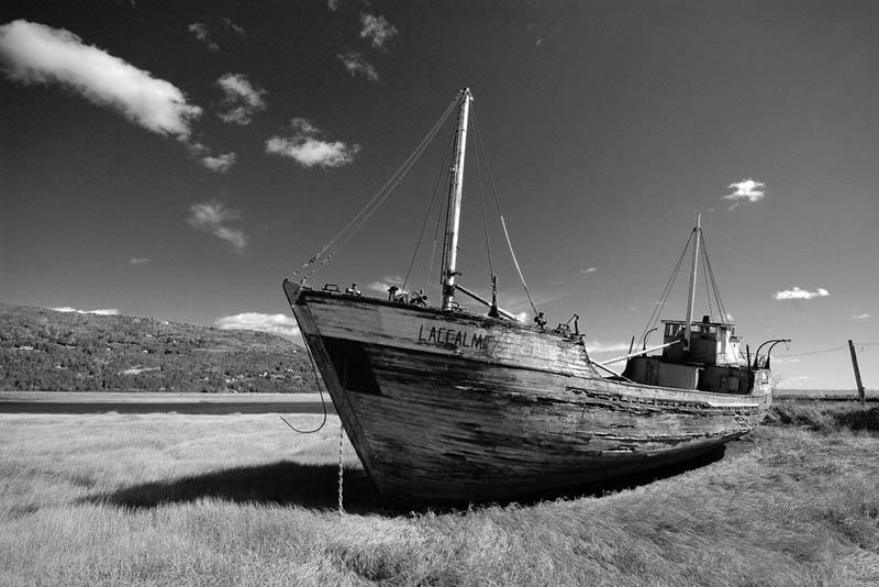 shipwreck st laurents 25 Haunting Shipwrecks Around the World