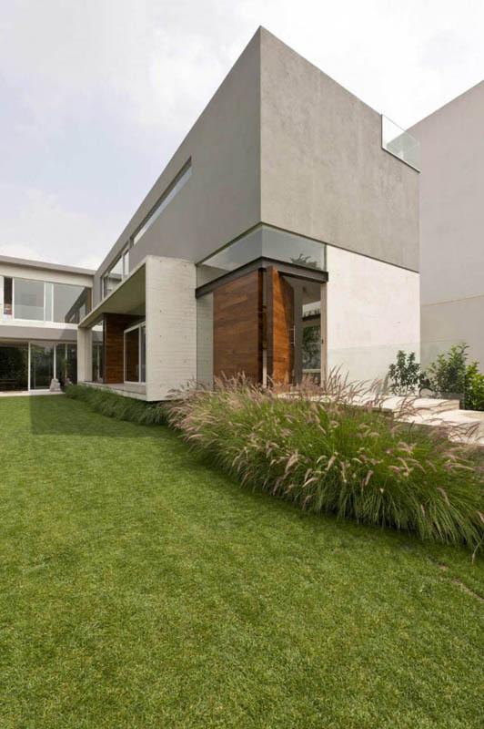 ae house twentyfourseven mexico city inward facing design 20 Gorgeous Inward Facing Home in Mexico City [30 pics]