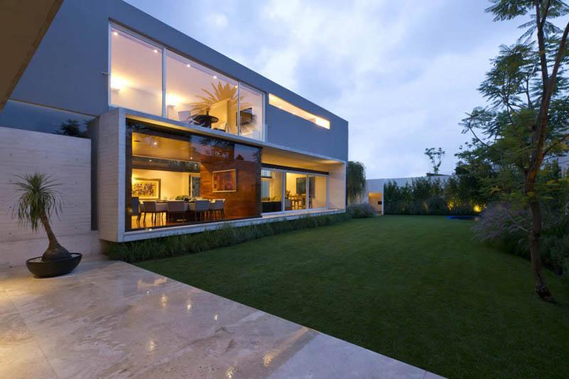 ae house twentyfourseven mexico city inward facing design 4 Gorgeous Inward Facing Home in Mexico City [30 pics]