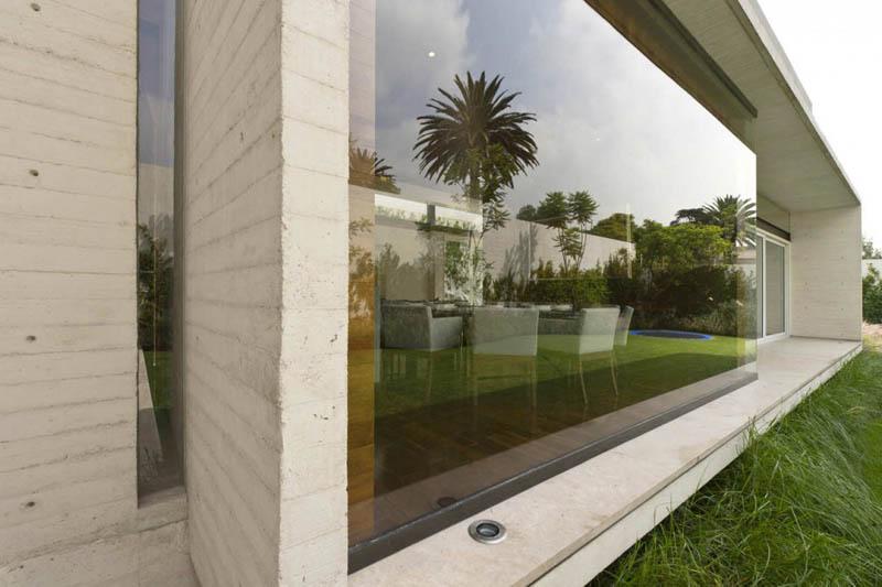ae house twentyfourseven mexico city inward facing design 6 Gorgeous Inward Facing Home in Mexico City [30 pics]
