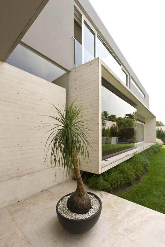 ae house twentyfourseven mexico city inward facing design 8 Gorgeous Inward Facing Home in Mexico City [30 pics]