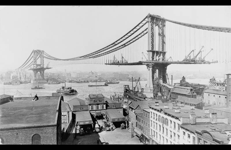 building the manhattan bridge black and white vintage construction 1909 Picture of the Day: The Manhattan Bridge Under Construction in 1909
