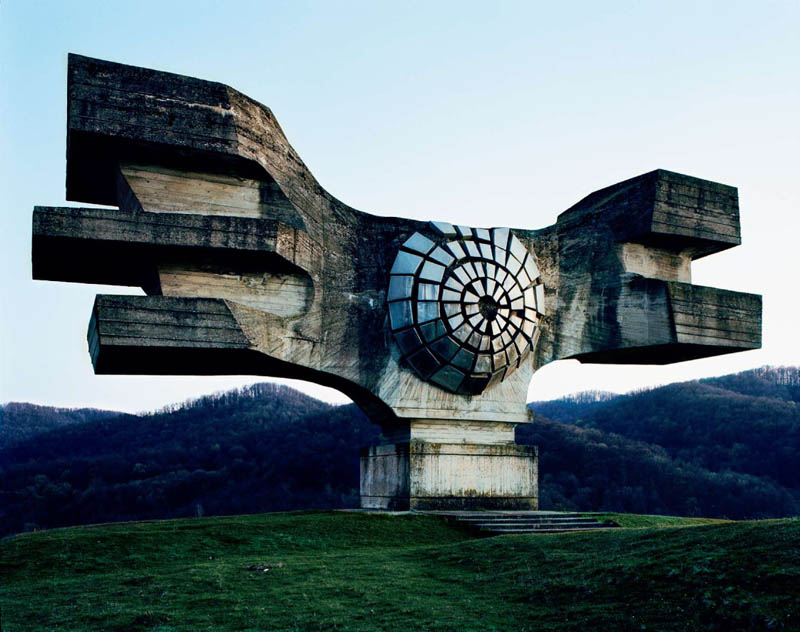 old monuments yugoslavia spomeniks jan kempenaers 1 Theres an Abandoned Village in China Being Overtaken by Nature
