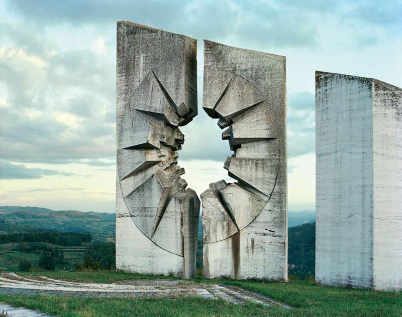 old monuments yugoslavia spomeniks jan kempenaers 16 Forgotten Monuments from the former Yugoslavia