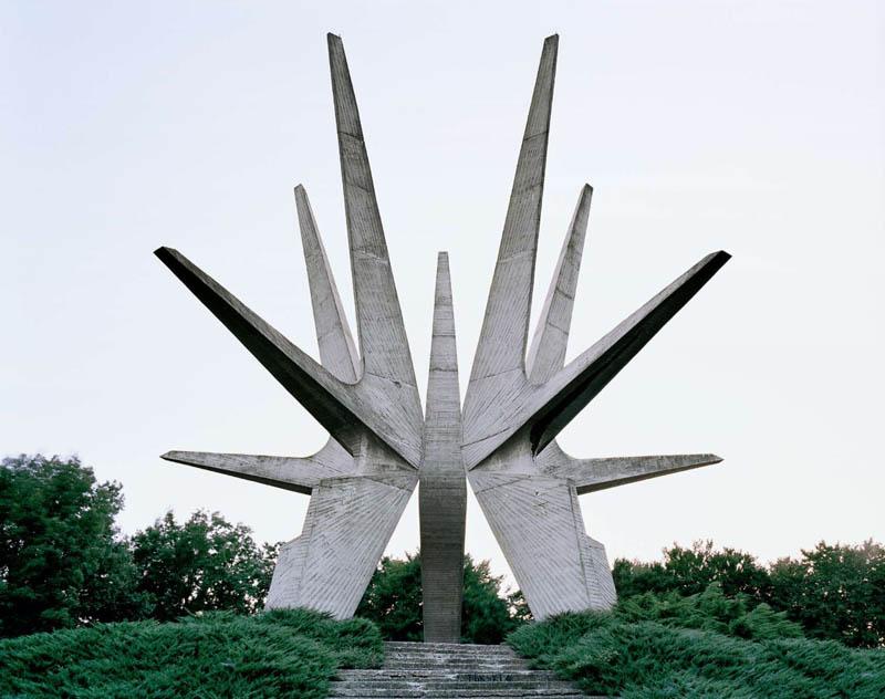 old monuments yugoslavia spomeniks jan kempenaers 3 Forgotten Monuments from the former Yugoslavia