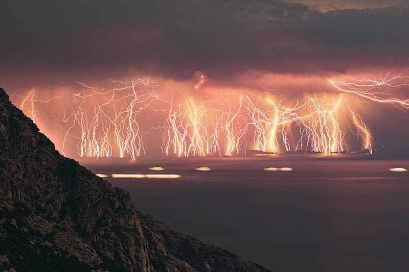 70 lightning bolts ikaria island lightning storm Picture of the Day: 70 Lightning Strikes in One Shot