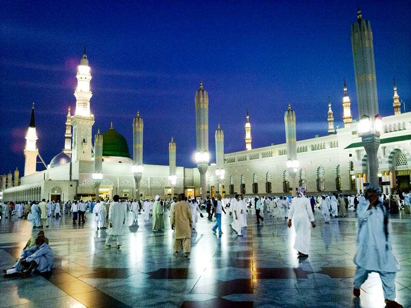 al masjid al nabawi mosque of the prophet propeths mosque This Day In History   June 8th