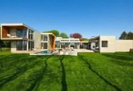Stunning East Hampton, NY Home by Blaze Makoid Architecture