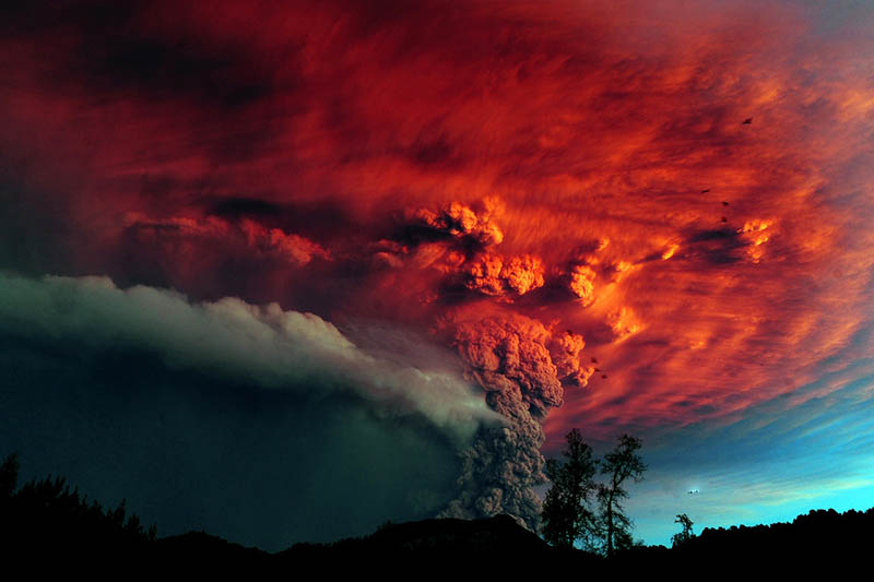chiles puyehue volcano eruption june 2011 31 12 Amazing Pictures of Lava Tubes Around the World