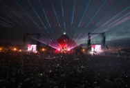 Picture of the Day: Coldplay @ Glastonbury Main Stage