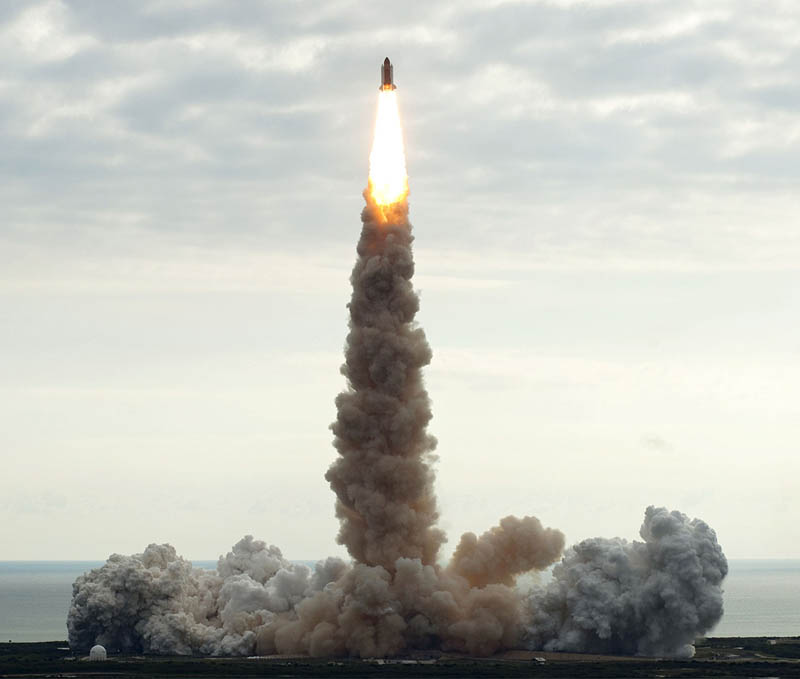 endeavour final lift off launch 2011 Picture of the Day: Endeavours Final Liftoff