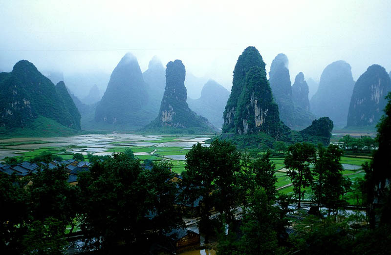 guilin mountains china Picture of the Day: The Guilin Hills of China