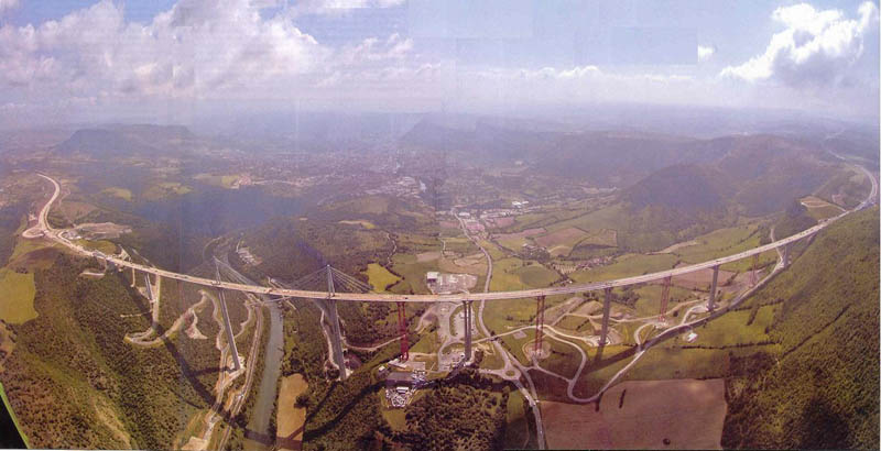 worlds tallest bridge millau viaduct france 9 The Tallest Bridge in the World [20 pics]