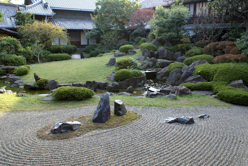 honbo garden in osaka osaka prefecture japan 20 Stunning Japanese Gardens Around the World