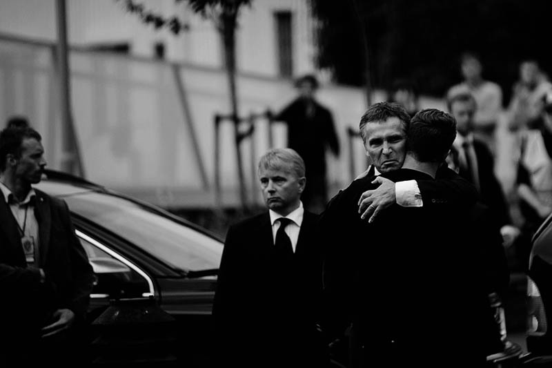 prime minister jens stoltenberg gives auf leader eskil pedersen hug norway massacre workers youth league The Top 50 Pictures of the Day for 2011
