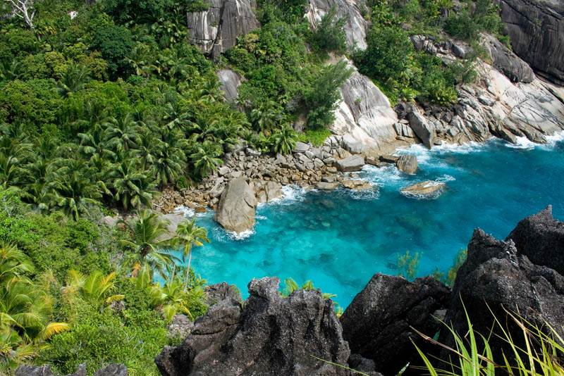 seychelles aerial The Stunning Beauty of Seychelles [25 pics]