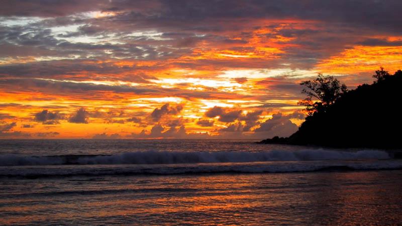 seychelles barbarons beach The Stunning Beauty of Seychelles [25 pics]