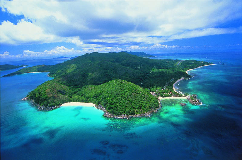 seychelles lemuria praslin The Stunning Beauty of Seychelles [25 pics]