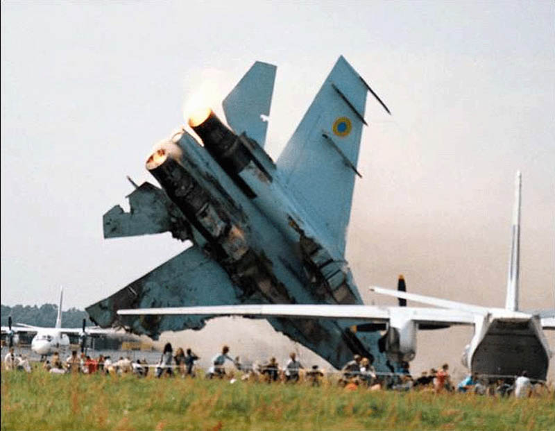 sknyliv airshow disaster 2002 This Day In History   July 27th