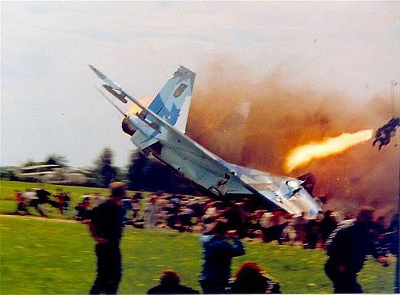 sknyliv airshow disaster ukraine 2002 This Day In History   July 27th