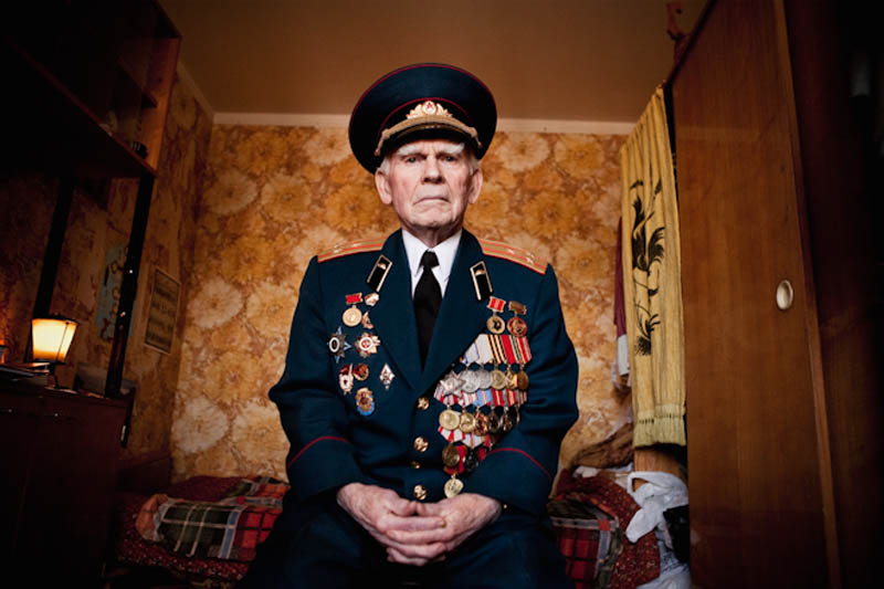 wwii veterans portraits konstantin suslov 1 Honoring the Veterans of World War II [25 pics]