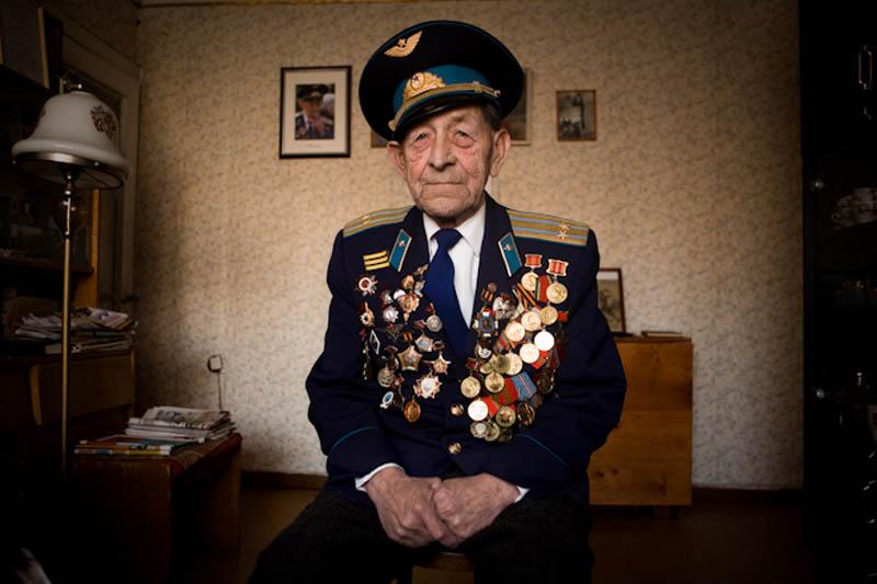 wwii veterans portraits konstantin suslov 17 Honoring the Veterans of World War II [25 pics]