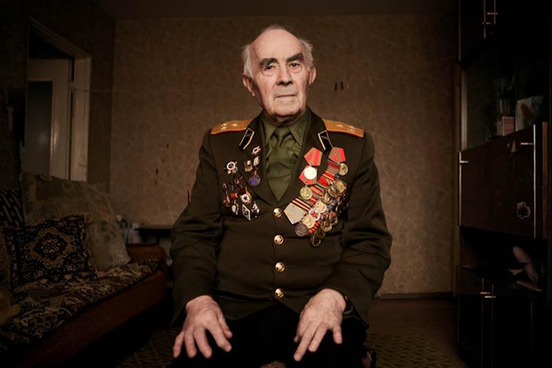 wwii veterans portraits konstantin suslov 18 Honoring the Veterans of World War II [25 pics]