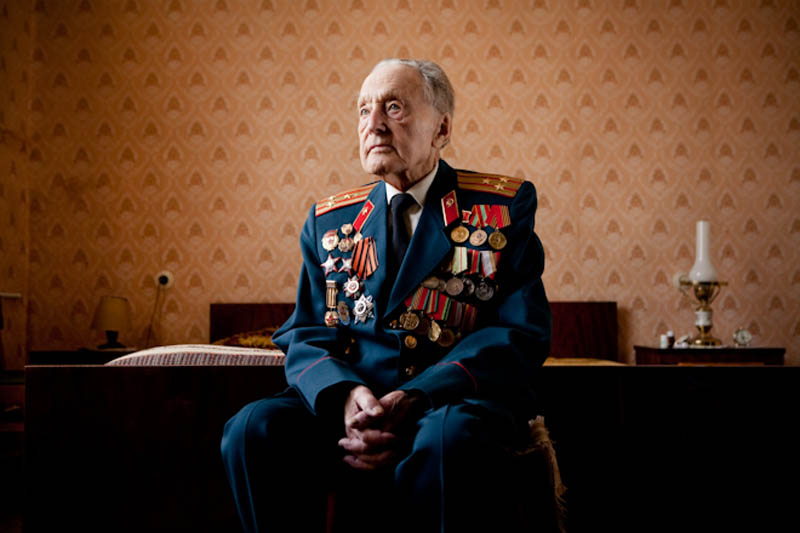 wwii veterans portraits konstantin suslov 2 Honoring the Veterans of World War II [25 pics]