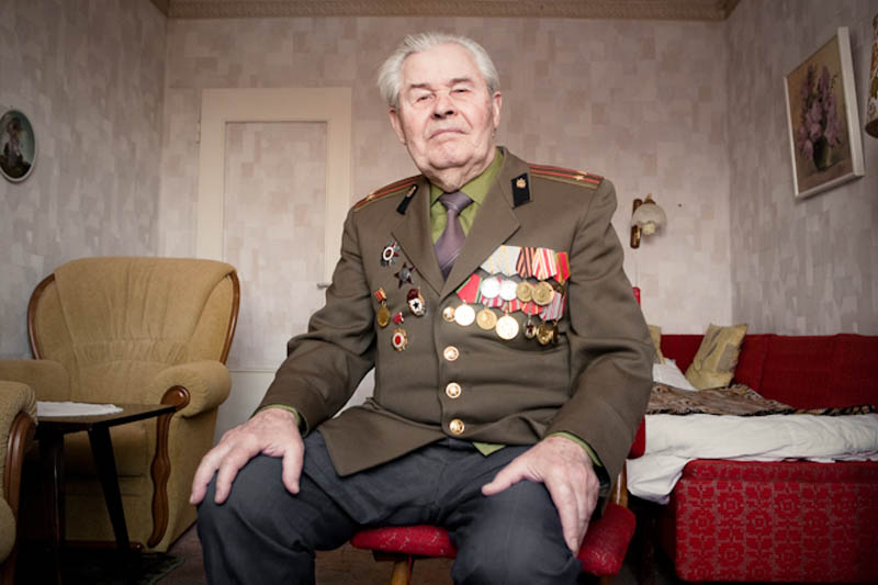wwii veterans portraits konstantin suslov 22 Honoring the Veterans of World War II [25 pics]