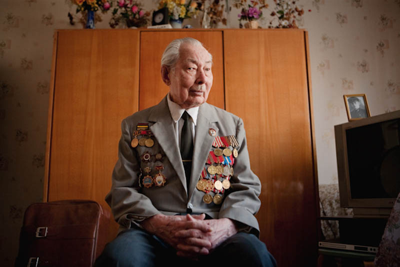 wwii veterans portraits konstantin suslov 7 Honoring the Veterans of World War II [25 pics]