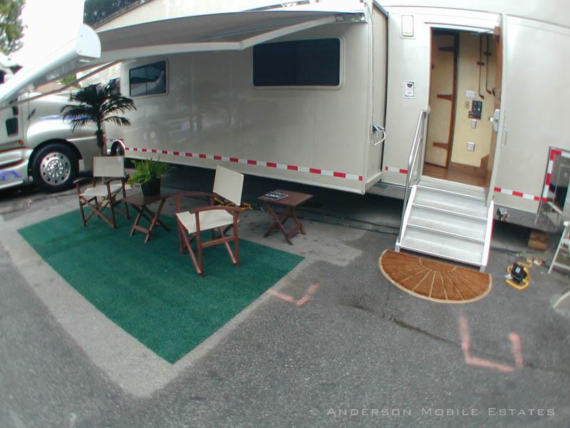 anderson mobile estates aspen 1 Anderson Mobile Estates: Luxury Trailers to the Stars