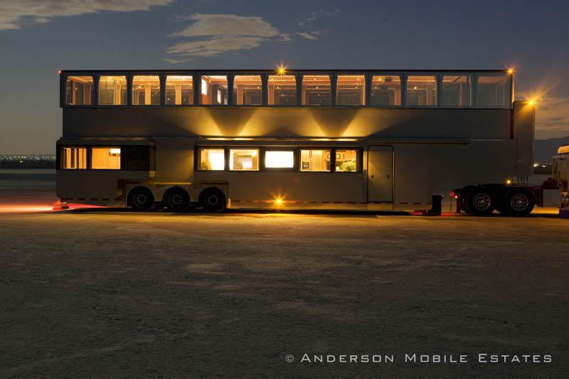 ashton kutchers trailer mobile home anderson 3 Anderson Mobile Estates: Luxury Trailers to the Stars