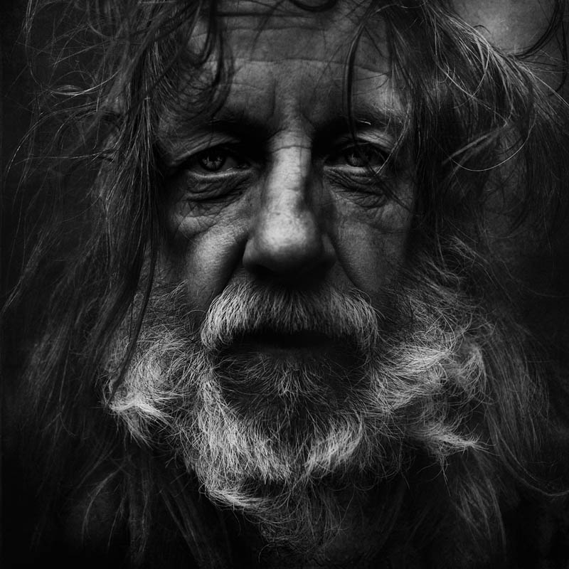 homeless black and white portraits lee jeffries 18 Gripping Black and White Portraits of the Homeless by Lee Jeffries