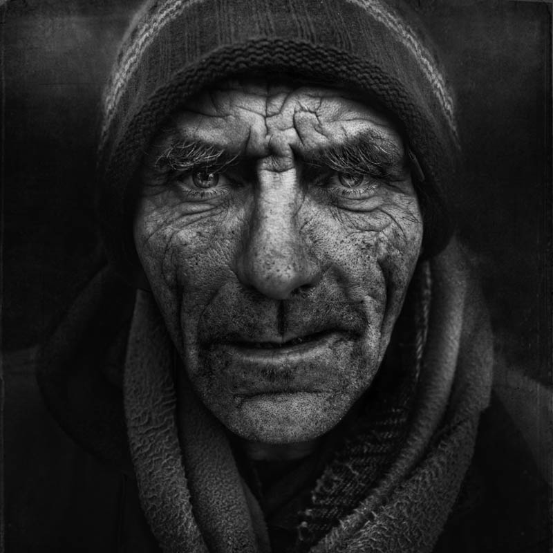 homeless black and white portraits lee jeffries 30 Gripping Black and White Portraits of the Homeless by Lee Jeffries
