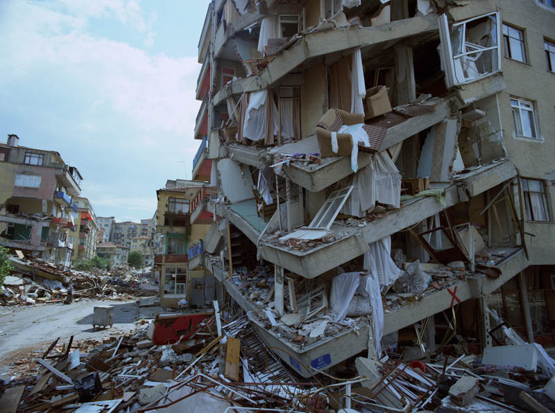 izmit earthquake turkey This Day In History   August 17th