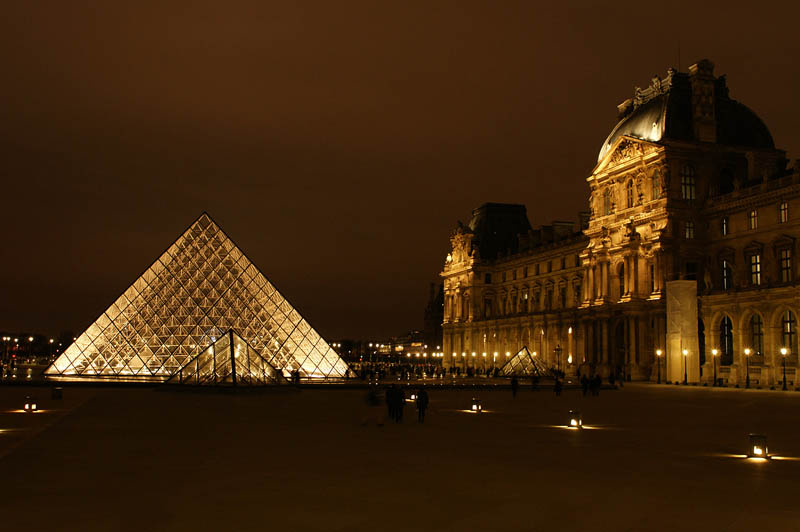 louvre pyramid at night This Day In History   August 10th