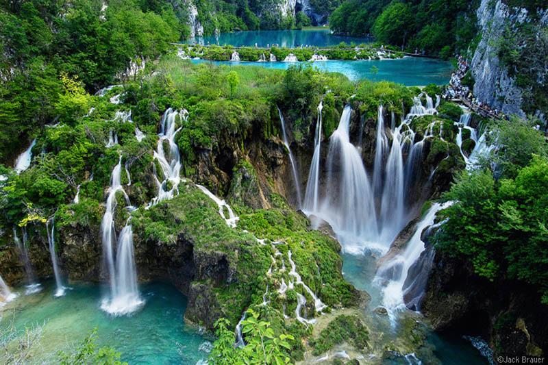 plitvice lakes national park Iguazu Falls: 15 Amazing Pictures, 10 Incredible Facts