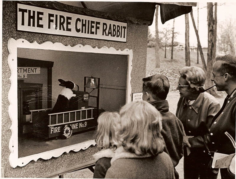 santa claus land fire chief rabbit This Day In History   August 3rd