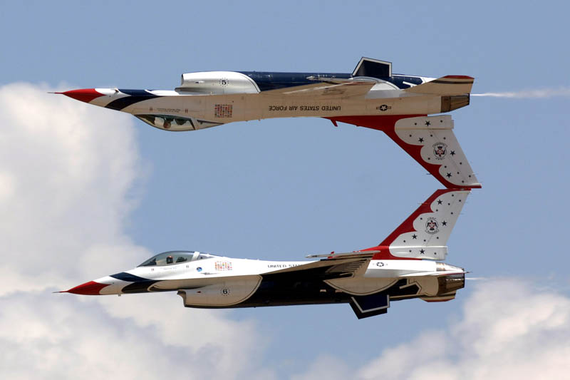 us air force thunderbirds inverted Picture of the Day: Inverted Thunderbirds