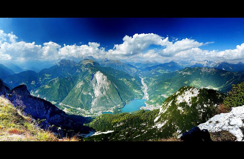 alleghe panoramic from monte civetta rifugio tissi Picture of the Day: Stunning Panoramic Atop Monte Civetta, Italy