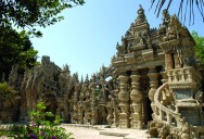 Postman Spends 33 Years Building Palace by Hand [25 pics]