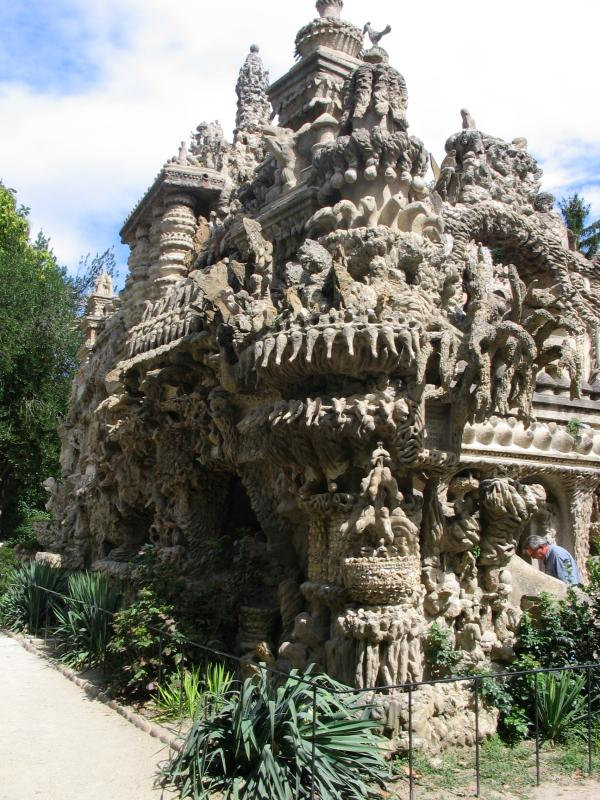 ideal palace palais ideal ferdinand cheval 7 Postman Spends 33 Years Building Palace by Hand [25 pics]