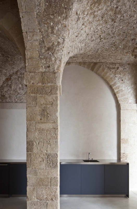 jaffa apartment stone restoration pitsou kedem architect 3 Beautiful Stone Home Restoration in Israel