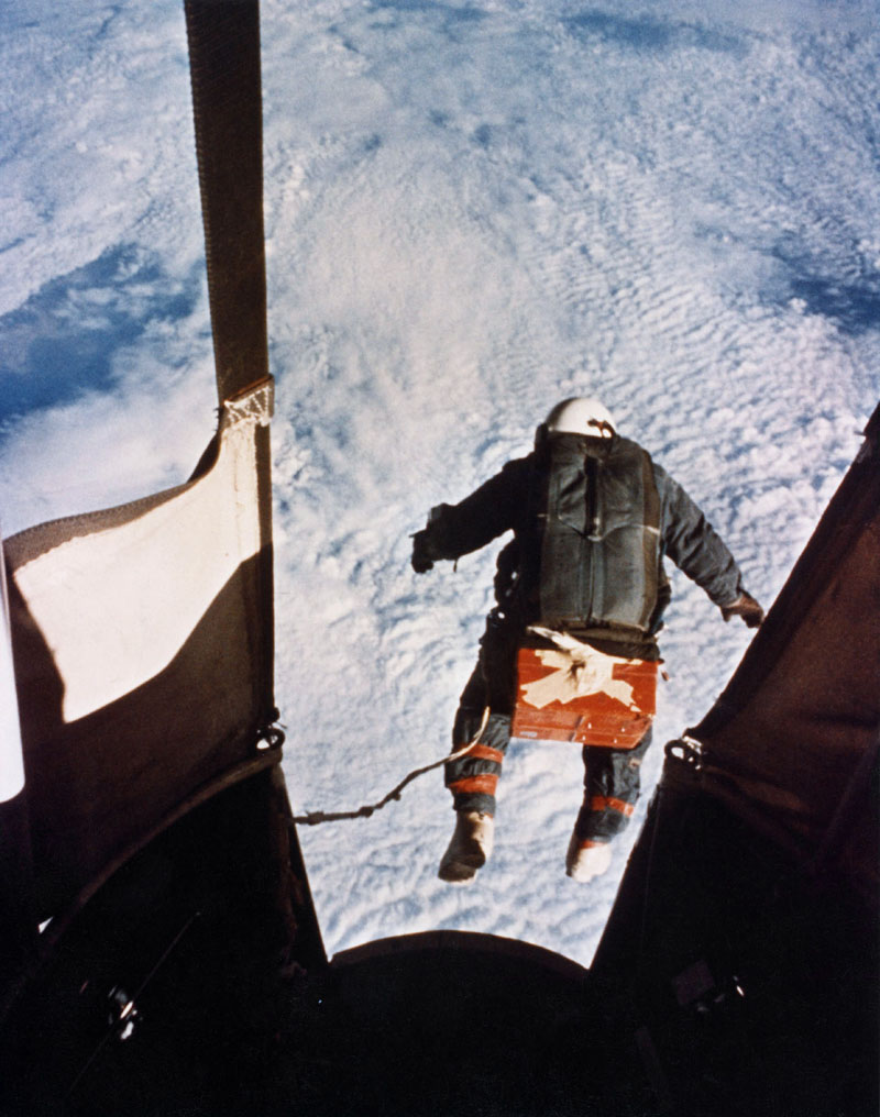 joesph kittinger jumping from space Picture of the Day: Joe Kittinger Jumping From Space