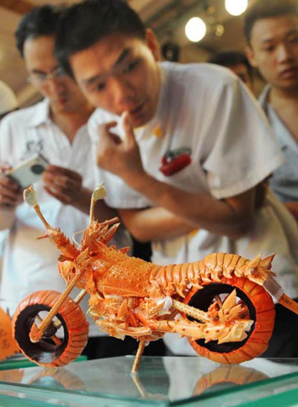 lobster motorcycle art 7 Lobster Shell Motorcycle Art